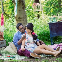 sav-lavinia-vintage-style-engagement-shoot_015