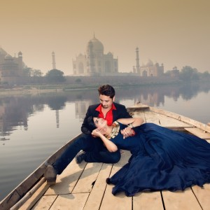 Taj Mahal Pre Wedding Shoot